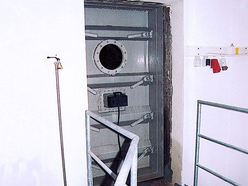 Pressure-tight Door - Huber Technology Inc